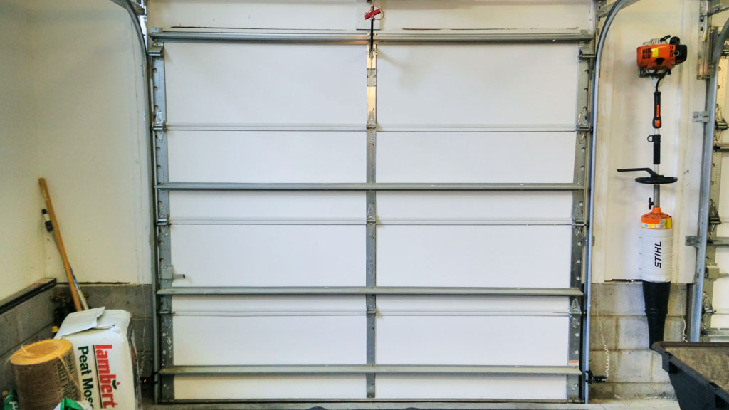 Installing garage door insulation a single bay garage door with insulation solutioingenieria